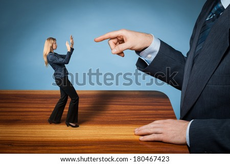 Give notice, to fire, be dismissed, get sacked, bossing, mobbing and bullying on workplace concepts.