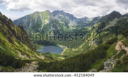 Glacial Lake Popradske Pleso in High Tatras National Park, Slovakia Stockfoto ©