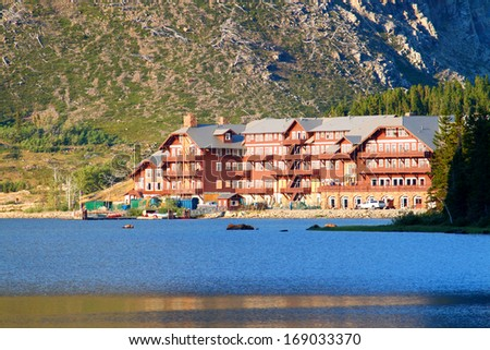 Glacier National Park, Usa - September 11: The Many Glacier Hotel On September 11, 2011 In Glacier National Park, Montana. It Was Built In 1915 On The Shoreline Of Swiftcurrent Lake.