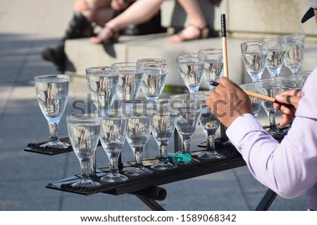 Glass harp game in Budapest