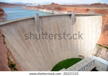 Glen Canyon Dam on the Colorado River near Page, Arizona, with Lake Powell in the background