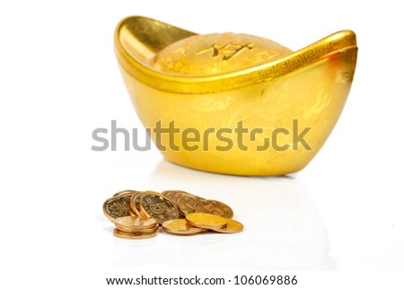 Gold ingot with coin