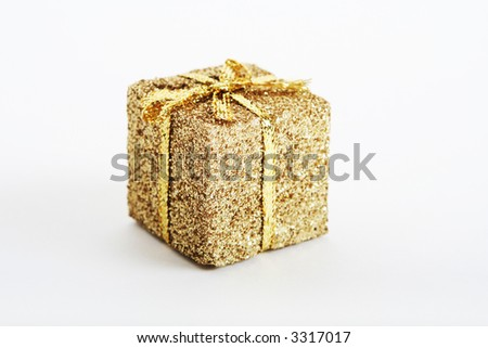 gold present and ribbons