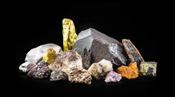 gold, silver, rough diamonds, bauxite, hematite, pyrolusite, galena, pyrite, chromite, lepidolite, chalcopyrite. Collection of stones extracted in Brazil, mineralogy, Brazilian mineral wealth