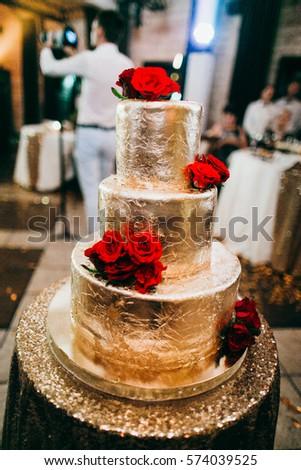 Free Photos Wedding Cake Decorated With Pink Roses Avopix Com