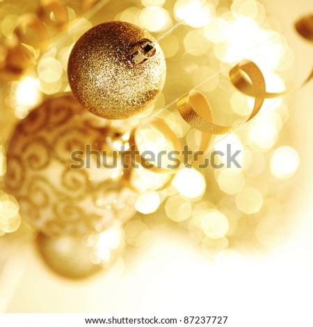 golden christmas ball background