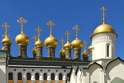 Golden domes of Upper Saviour's Cathedral, Terem Churches and Church of Deposition of Virgin's Robe. Moscow Kremlin, Russia