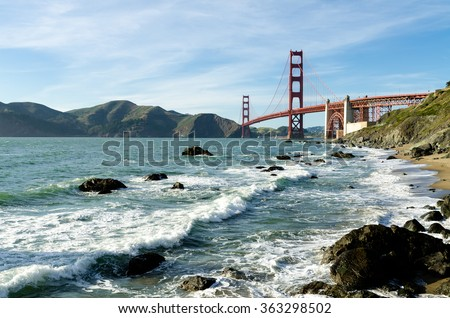 golden gate bridge landmark in...