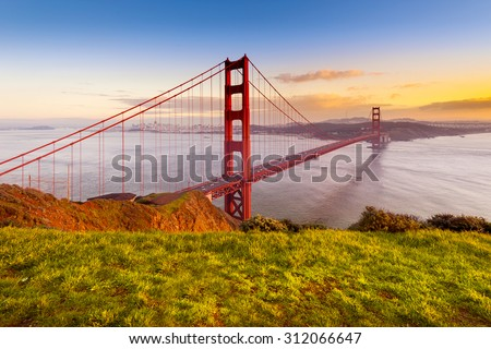 Golden Gate Bridge, San Francisco, California USA.