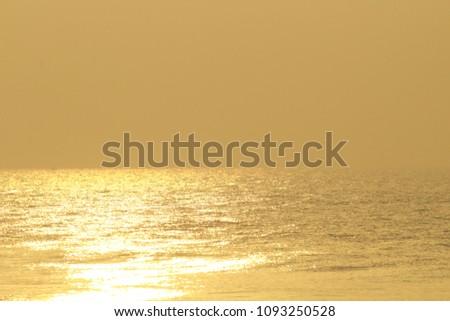 Golden Sea Waves #1093250528