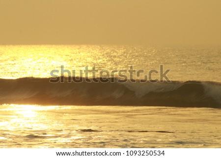 Golden Sea Waves #1093250534