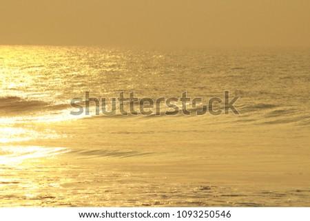 Golden Sea Waves #1093250546