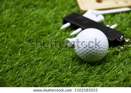 Golf ball is a special ball designed to be used in the game of   Under the rules of golf, a golf ball has a mass no more than 1.620 oz (45.93 grams), has a diameter not less than 1.680 in (42.67  Stock fotó ©