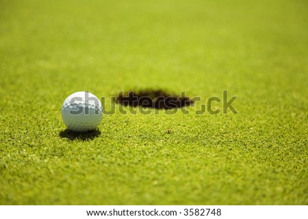 Golf club: ball close to the 18th hole