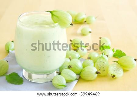 Gooseberry smoothie