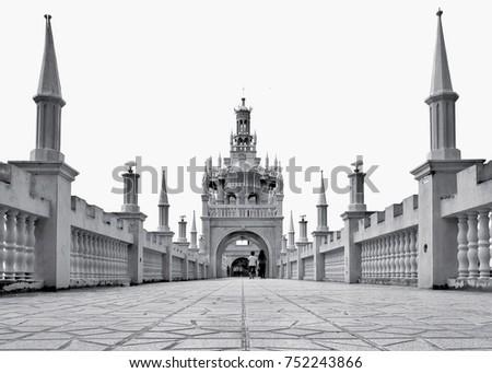 Gothic Architecture in Monochromatic Symmetry #752243866