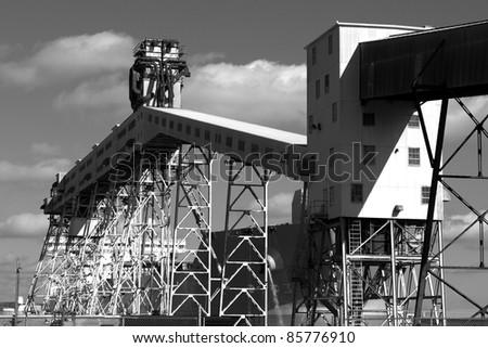 Grain conveyor at a major shipping terminal
