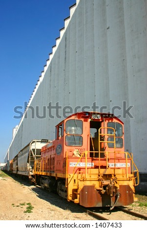 Grain Elevators of the Midwest