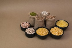 Grains in gunny bag / Various grains and pulses in gunny bag - Pulses and Grains