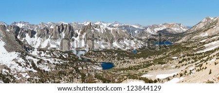 Grand Alpine View in the Sierra Nevada. Kearsarge Pass, California, USA.