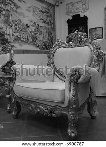 Grand oriental mansion's chair & wall painting (black & white)