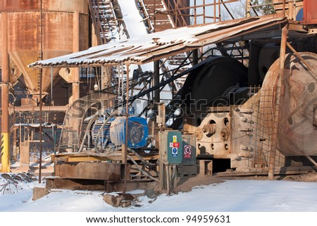 Gravel pit, Belt conveyors and electric motor in winter