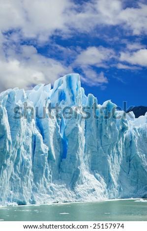 Great ice walls of the Moreno glacier, patagonia Argentina.