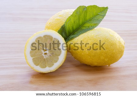 Great lemons photo with great colors and good light