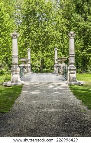 Free photos great men 39 s bridge in english garden jardin for Jardin anglais chantilly