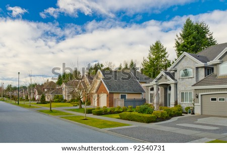 Great neighborhood. Homes in the suburbs of the North America. Canada.