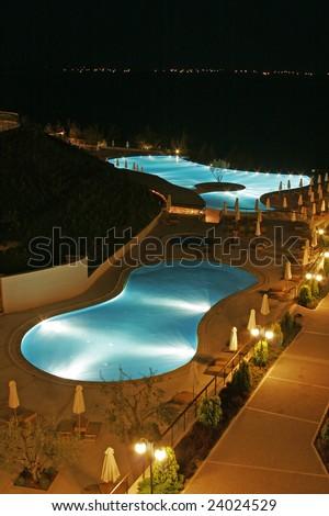 greece night pool