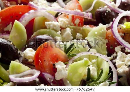 how to cut tomatoes greek salad