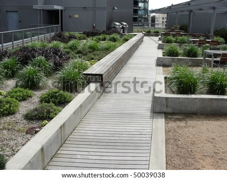 green eco roof design on modern office building