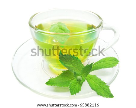 green herbal tea with fresh mint leaves
