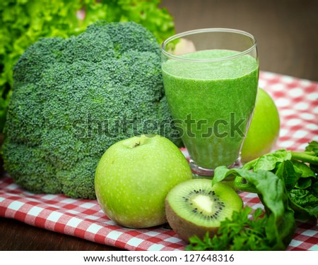 Green juice - green smoothie