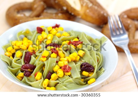 Green Pasta Salad with Corn and Kidney Beans