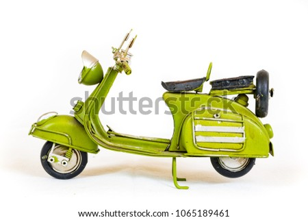 green scooter ornament