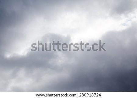 Grey sky background #280918724