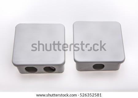 Gri plastik elektrik ba?lant? kutusu beyaz izole Stok fotoğraf ©
