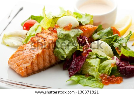 Grilled Salmon with Vegetables, Eggs and Sour Cream Sauce