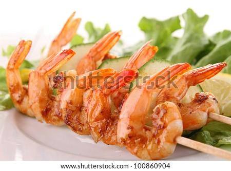 grilled shrimp and lettuce