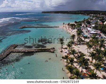 Guadeloupe beach and coral reef drone aerial view. Sainte Anne Beach (Grande-Terre island). Foto stock ©