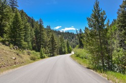 Guanella Pass road in Rocky Mountains (Pike and San Isabel National Forest, Park County, Colorado, USA)