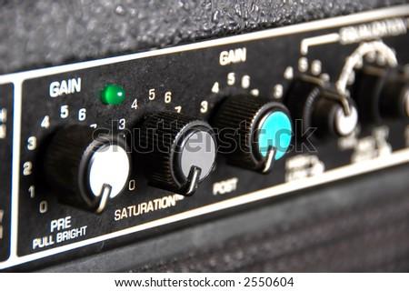 Guitar Amp - narrow depth of field