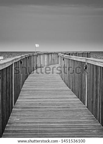 Gulf Shores, AL USA - 05/08/2019  -  Gulf Shores, AL USA - 05/08/2019  -  Wooden Pathway to the Beach 1 #1451536100