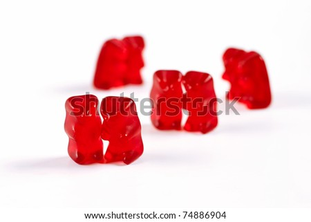 Gummy bears in couples