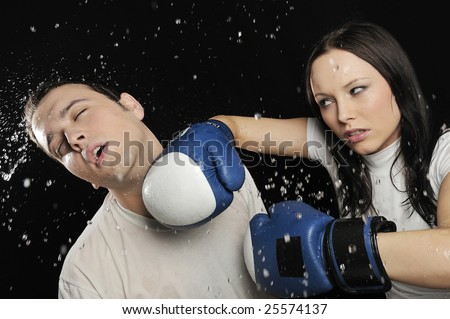 guy hitting on girl
