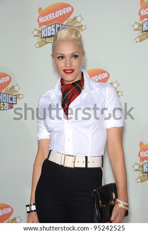 Gwen Stefani at Nickelodeon's 20th Anniversary Kids' Choice Awards at UCLA's Pauley Pavilion in Los Angeles. March 31, 2007  Los Angeles, CA Picture: Paul Smith / Featureflash