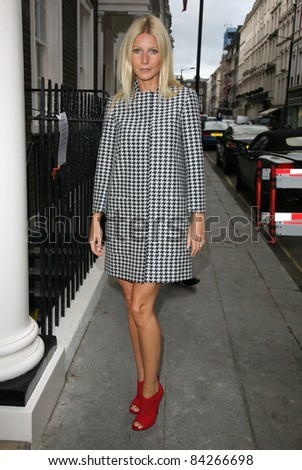 Gwyneth Paltrow seen out and about in central London. 07/09/2011 Picture by: Alexandra Glen / Featureflash