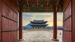 Gyeongbok palace in Seoul City, Gyeongbokgung palace landmark of Seoul, South Korea.